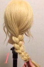 ニット帽にぴったり☆三つ編みで作るこなれまとめ髪1