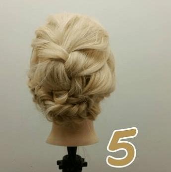 編み込みで作る結婚式ヘア♪5