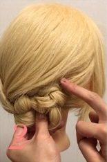 ニット帽にぴったり☆三つ編みで作るこなれまとめ髪2
