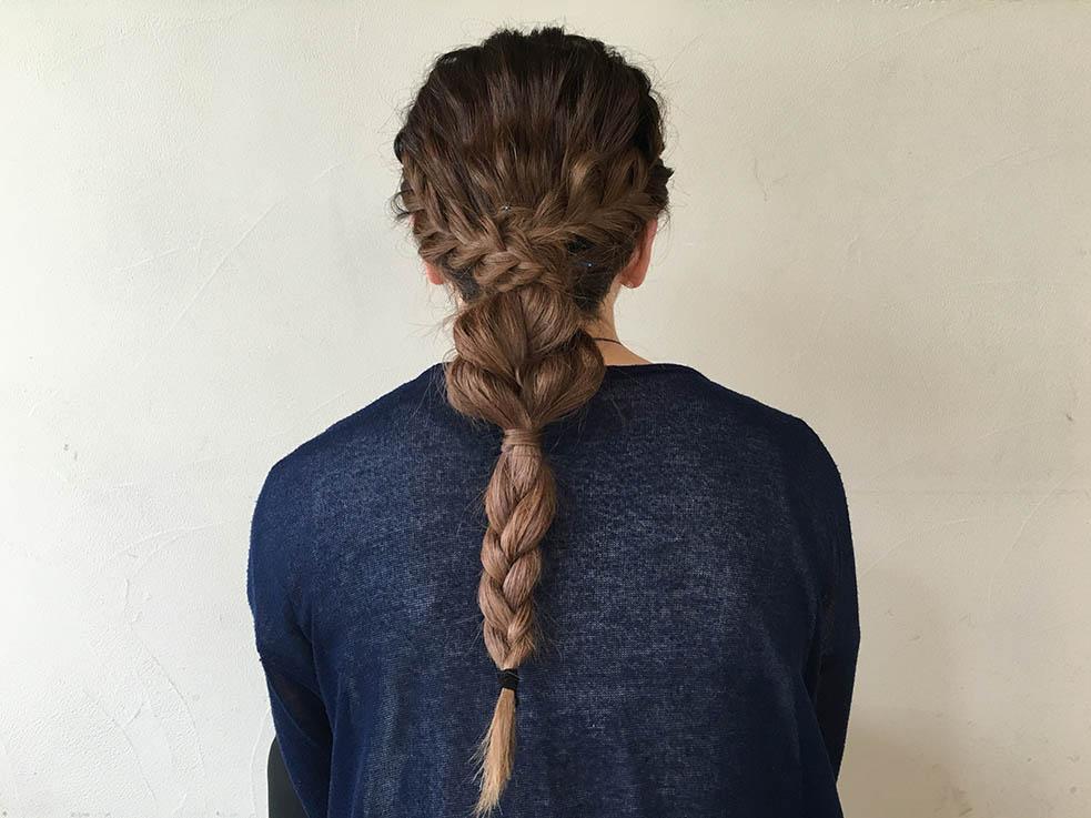 三つ編みと編み込みで作る☆ダウンスタイル4