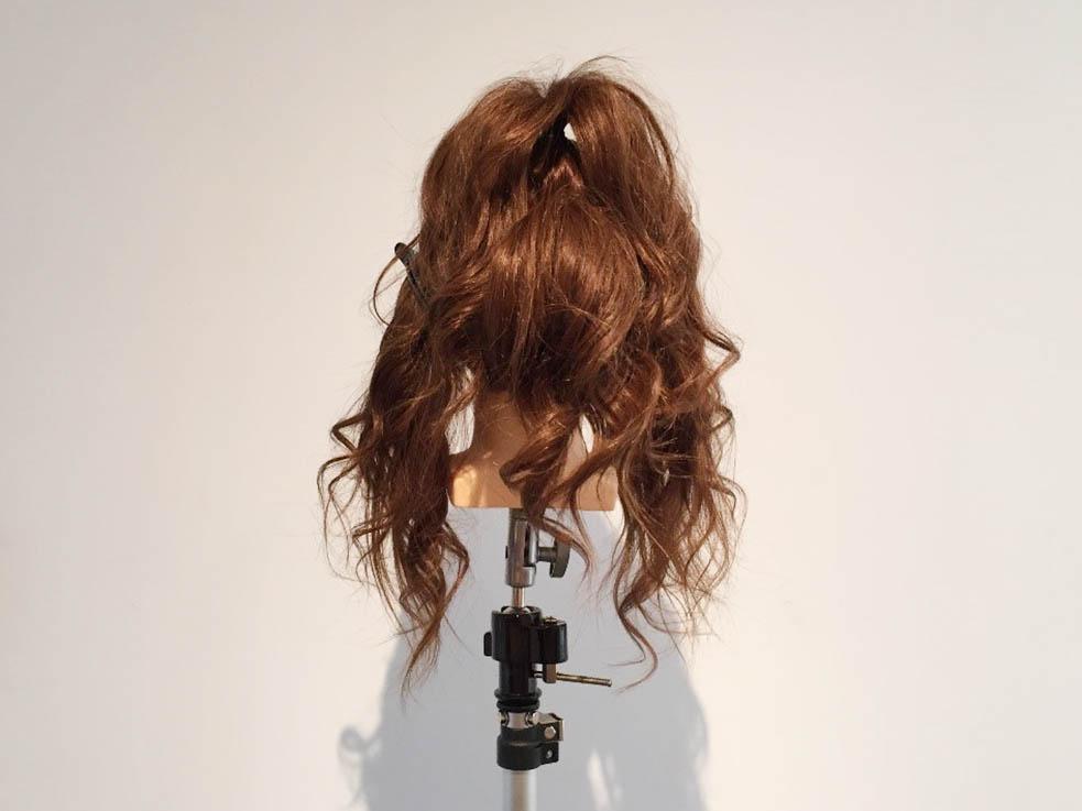 後れ毛が可愛い☆高めお団子2