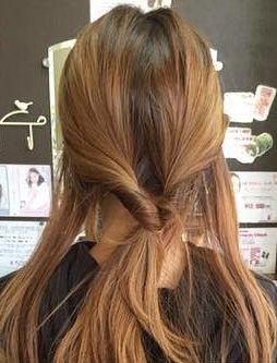 キャップにぴったり☆綺麗なまとめ髪アレンジ2