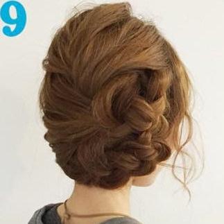 簡単三つ編みまとめ髪♪TOP