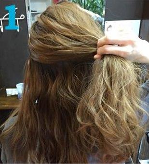 簡単三つ編みまとめ髪♪1