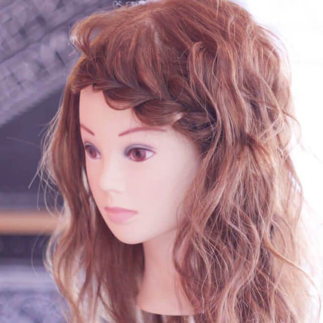 長めの前髪だから出来るふんわり片編み込みtop