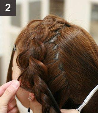 見る角度によって雰囲気が変わる☆編み込みで作るまとめ髪2