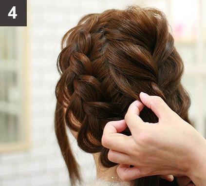 見る角度によって雰囲気が変わる☆編み込みで作るまとめ髪4