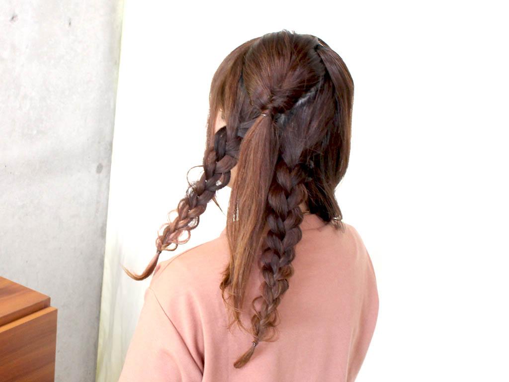 とっても華やか!三つ編みツーサイドダウンヘア3