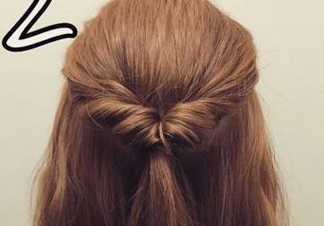 ミディアムヘアでも!簡単くるりんぱで大人可愛いまとめ髪2