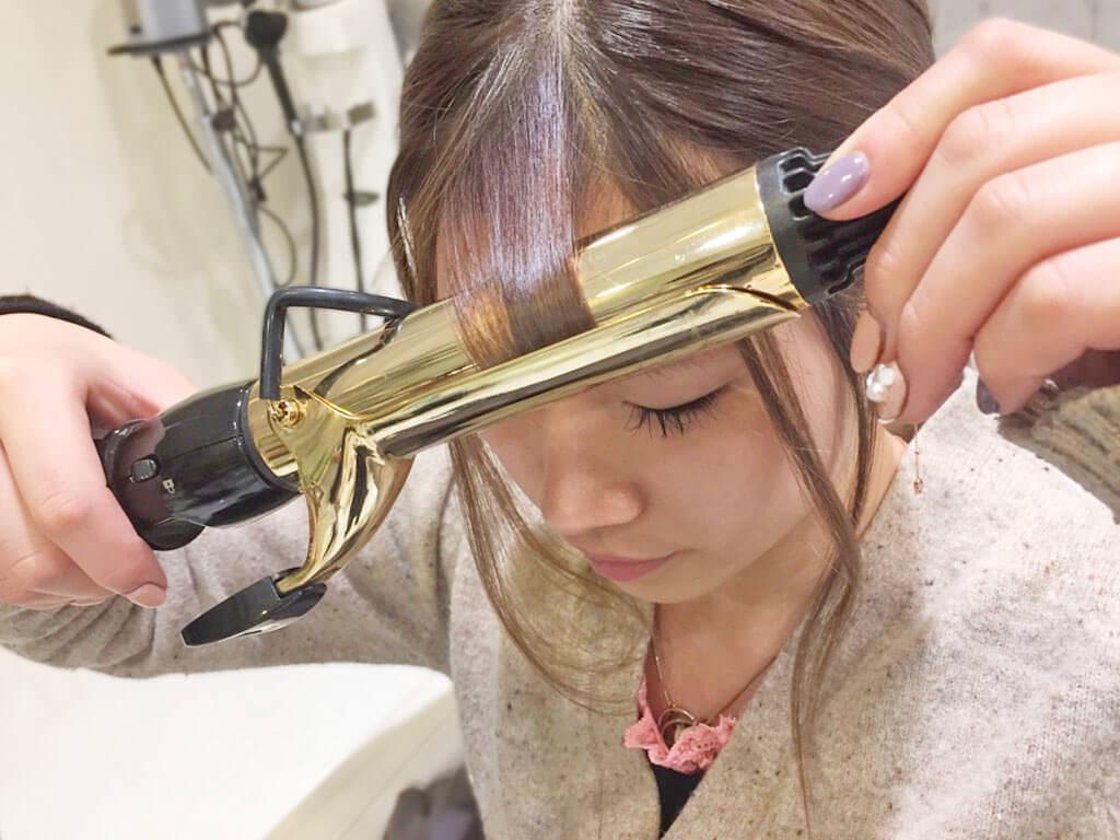 普通のポニテをさらに可愛く♡後れ毛を使ったヘアアレンジ術4