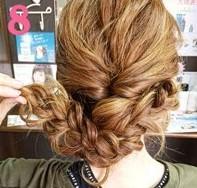 ふわふわ三つ編みでつくる♪可愛さ抜群のまとめ髪スタイル (8)
