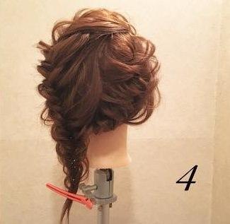 髪を伸ばしたくなる!ガーリー編み込みアレンジ♡4