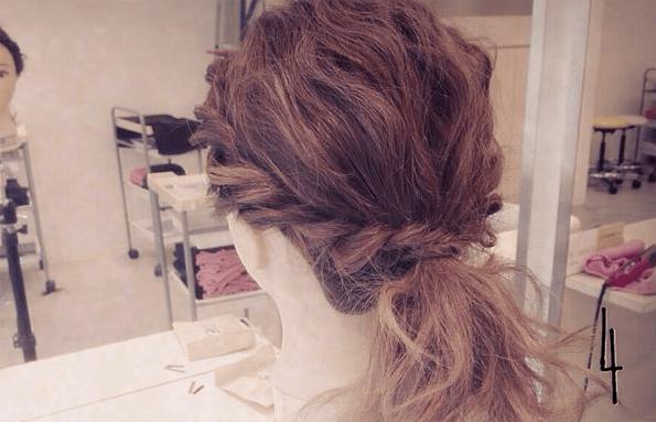 結婚式にピッタリ♪簡単ねじねじまとめ髪☆4