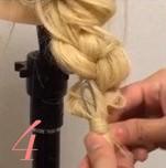 気分は女優?♡つば広ハットにぴったりの編み下ろしアレンジ (4)