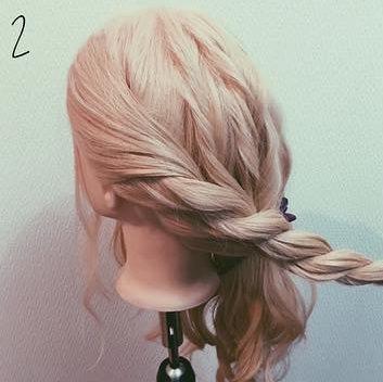 ロープ編みでできる!立体感が上品なまとめ髪2