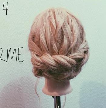 ロープ編みでできる!立体感が上品なまとめ髪4