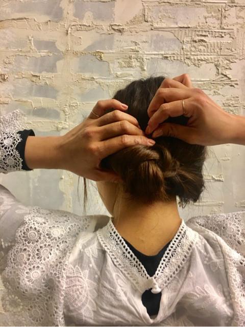 くるりんぱと三つ編みで簡単まとめ髪☆7