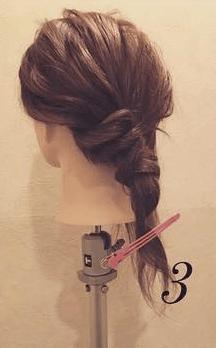 ロープ編みで簡単アンニュイなまとめ髪♪3