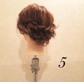 編み込みが大人カワイイまとめ髪5