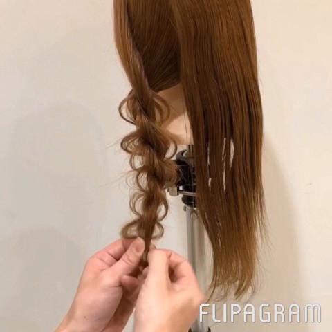 不器用さんでもできるネジリまとめ髪アレンジ☆4