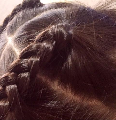 上品×カワイイ♪三つ編みまとめ髪2