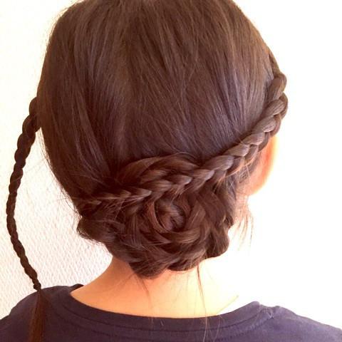 巻きつけ三つ編みdeまとめ髪3