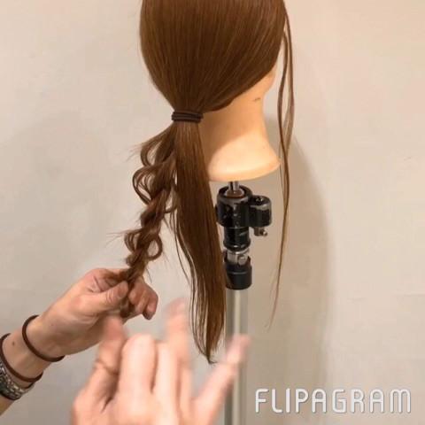 ねじるだけ☆大人女子にピッタリのまとめ髪2
