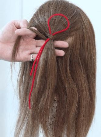地毛で作るリボンがアクセント♡ミニリボンハーフアップアレンジ2