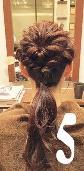 ♡くるりんぱとロープ編みで作るまとめ髪5