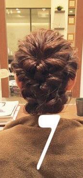 ♡くるりんぱとロープ編みで作るまとめ髪7