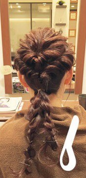 ♡くるりんぱとロープ編みで作るまとめ髪6