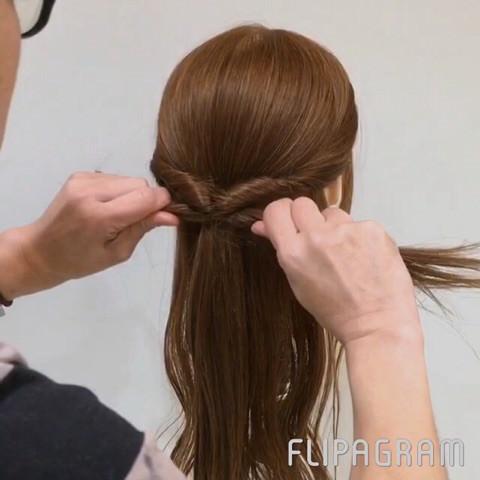 秋冬ワンピにピッタリ☆華やかまとめ髪3
