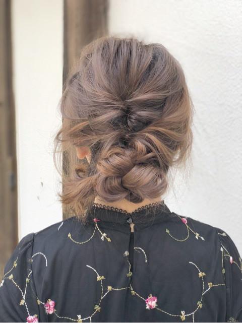 デートにしていきたい!くるりんぱでまとめ髪♪TOP