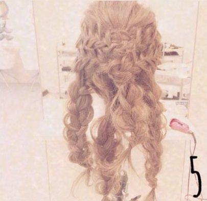 ドレスアップするときはこの髪型で決まり!大人可愛いまとめ髪♪5