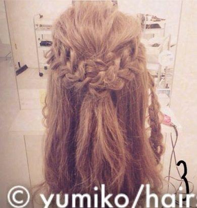 ドレスアップするときはこの髪型で決まり!大人可愛いまとめ髪♪3