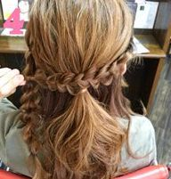 三つ編みを組み合わせて作るまとめ髪♥4
