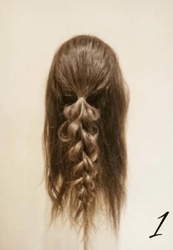 四つ編みだけで作る!ボリュームまとめ髪1