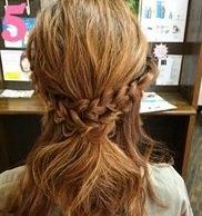 三つ編みを組み合わせて作るまとめ髪♥5