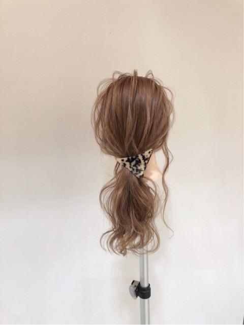 髪の巻き方でガラッと変わる☆こなれポニー!TOP