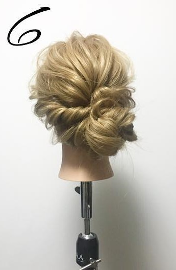 今日からまとめ髪デビュー始めませんか♪完成