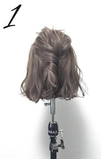 髪が短くても大丈夫!こなれ感たっぷりのアップスタイル☆1