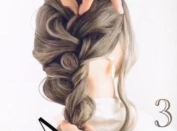 髪のボリュームがUPするふわふわシニヨン♪3