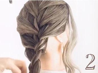 髪のボリュームがUPするふわふわシニヨン♪2