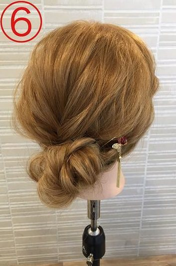 春っぽくて可愛い♡ふんわりまとめ髪6