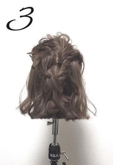 ショートボブでもできる♡ねじりまとめ髪3