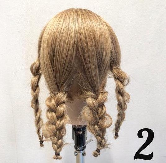 憧れの素敵なレディになれちゃう♪三つ編みだけでつくるまとめ髪アレンジ2