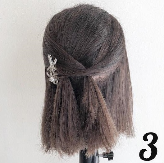 髪が短くてもできちゃう♪春にぴったりなふんわり可愛いハーフアップアレンジ3