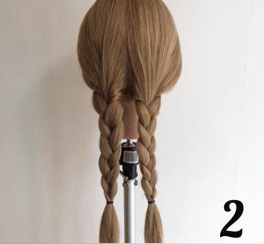 三つ編みだけで簡単こなれヘア2