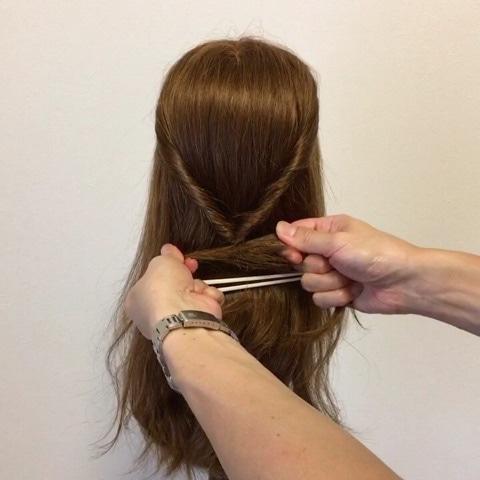 髪が硬い方&多い方にオススメ☆超簡単ハーフアップアレンジ2