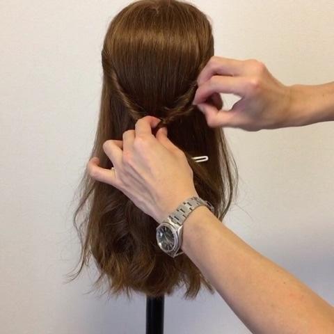 髪が硬い方&多い方にオススメ☆超簡単ハーフアップアレンジ3
